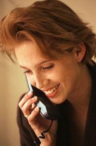 Neden telefonu her açtığımızda ALO deriz?